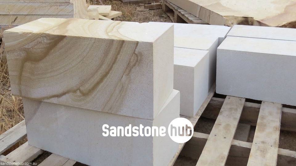 Sandstone Blocks Logs Diamond Cut on pallet white color