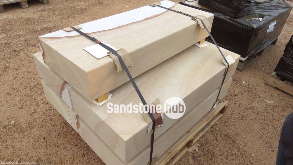 Sandstone Blocks Logs Steps Diamond cut with Pencil edge finishes on pallet yellow Stripe
